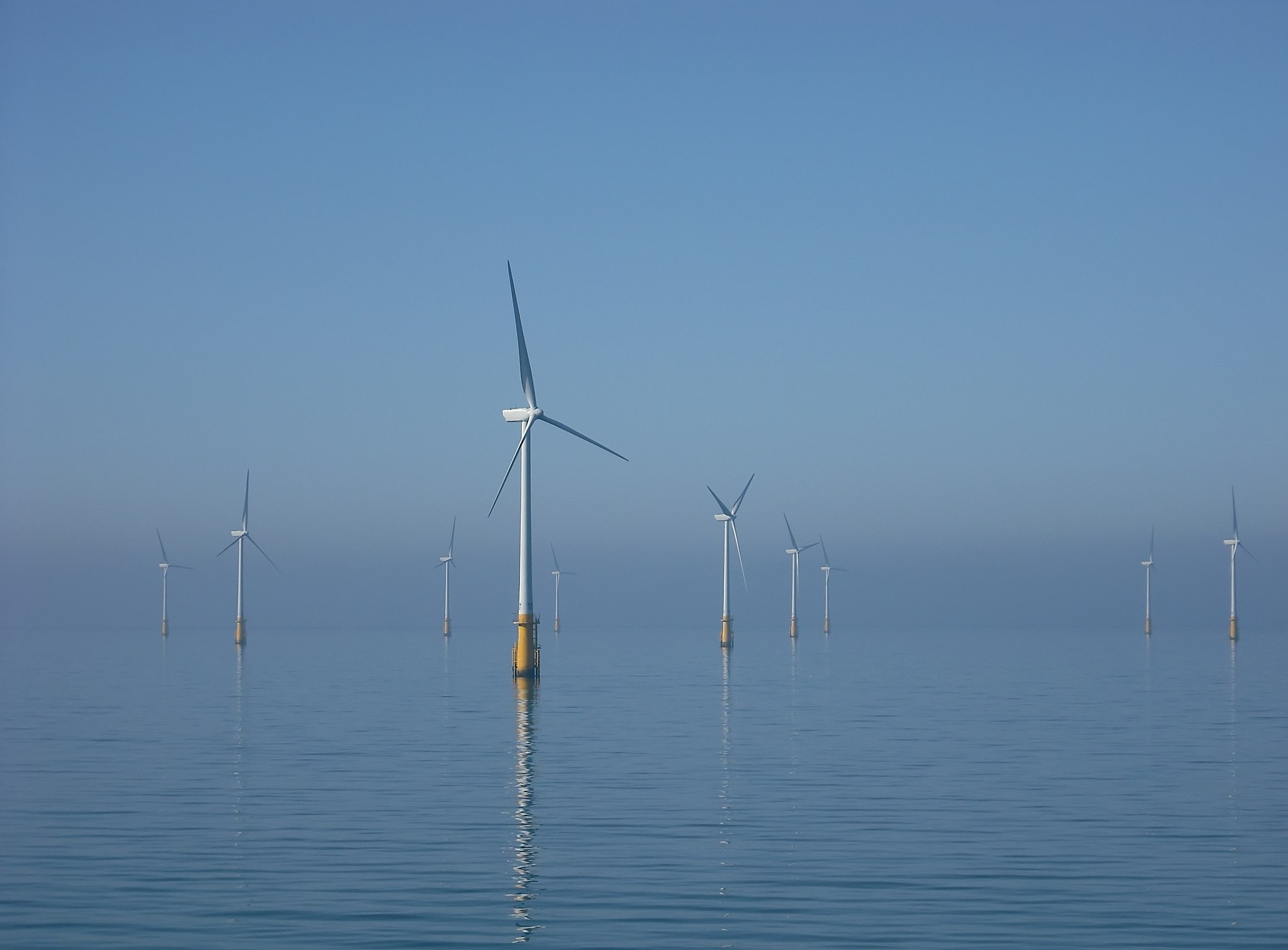 An Introduction Onshore and Offshore Wind Energy
